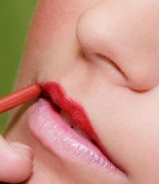 Tips menipiskan bibir